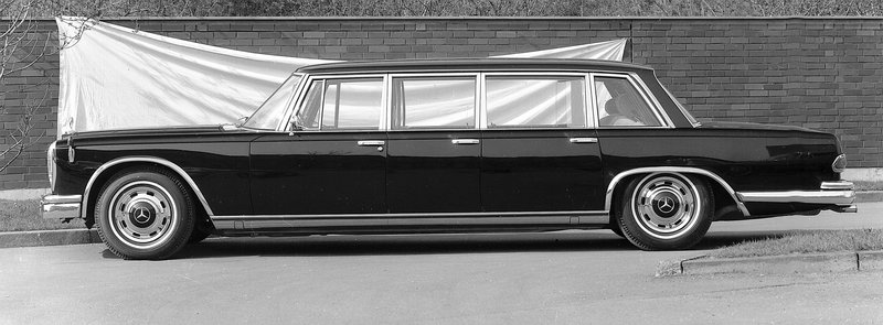 Mercedes 600 Pullman Limousine (6 portes), 1963.