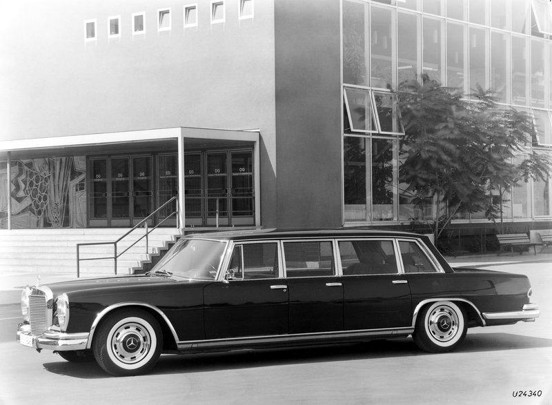 Mercedes-Benz 600 Pullman Limousine (6 portes)