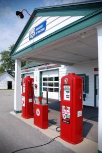 Ancienne station-service dans l'Illinois, États-Unis