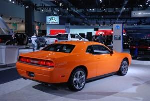 Une jolie Dodge Challenger au salon de L.A.