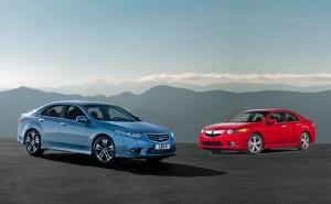 La Honda Accord européenne (à gauche) et sa cousine US, l'Acura TSX