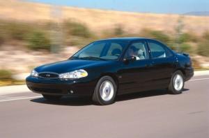"""La """"voiture mondiale"""" des années 90 : la Ford Contour (Mondeo en Europe)"""