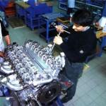 Assemblage du moteur V12
