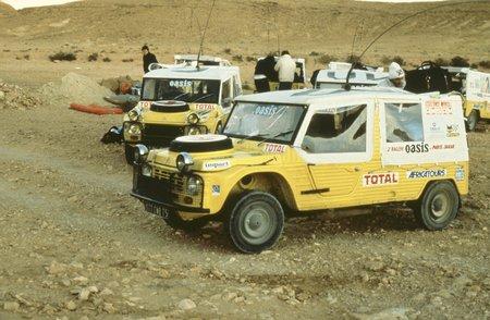Les Méhari du Dakar 1980.
