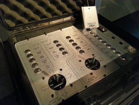 Cette valise permettait de télécommander les armes des voitures lors des scènes de poursuite de «Meurs un autre jour».