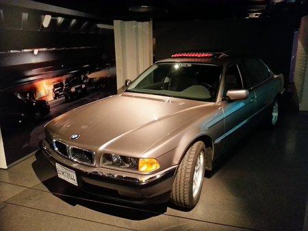 La BMW 750iL de «Demain ne meurt jamais» («Tomorrow Never Dies»,