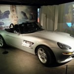 "La BMW Z8 de ""Le monde ne suffit pas"" (""The World is not Enough"", 1999)."