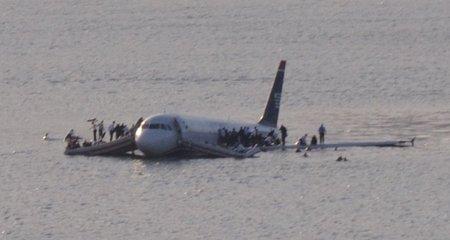 L'Airbus A320 sur l'Hudson River le 15 janvier 2009 (CC Wikimedia Commons/Greg L)