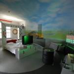 L'une des chambres du V8 Hotel