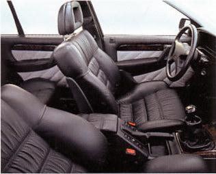 Sièges cuir Connolly (Opel Lotus Omega)