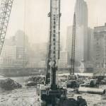 Creusement des fondations de Marina City (1960)