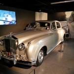 "La Rolls-Royce Silver Cloud II de Max Zorin (Christopher Walken) dans ""Dangereusement vôtre"" (""A View to a Kill"", 1985)."